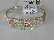 Black Hills 10 karat  Gold and Silver Women's Band Ring Size 6-7-8-9  with Box