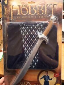 THE HOBBIT - THORIN OAKENSHIELD COSTUME SET. AGES 3-5 years. Tunic and sword