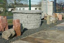 Gartenbrunnen aus Naturstein Granit Grau Gartendeko