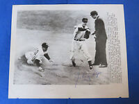 JOHNNY LIPON SIGNED 8x10 PRESS PHOTO WITH PHIL RIZZUTO ~ CHICAGO CUBS ~