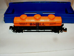 BOXED N Scale SHELL 3-DOME TANKER in Box  File 4692