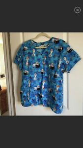 Frozen 2 Scrub Top