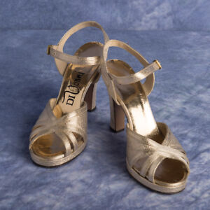 DiVonni Gold Sandals Heels Dressy Formal Party Prom Sz 6