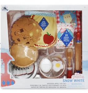 Disney Store Snow White Pretend Wooden Play Apple Pie Toy Kids Tea Set 20 Piece