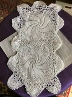 Vintage crochet table mat / doily 29 X 15 cm
