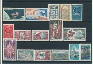 D195775(1) France 1966 Nice selection of MNH stamps