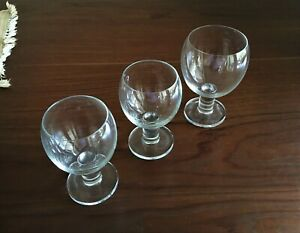 Crate and Barrel VIVA glassware set/3 Modern, contemporary design