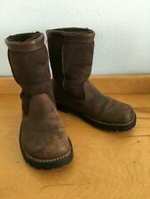 UGG Australia Women's 6/37 Brown Beacon Suede Shearling Leather Boots 5319 Shoes