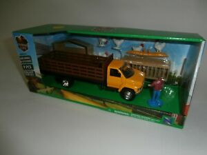 Newray Stake Bed Farm Ranch Truck Chickens Playset Country Life