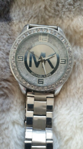ladies watch green leather strap