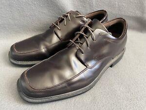 Rockport Men's Size 10.5 Burgundy Leather DMX Hydro-Shield Waterproof Oxfords