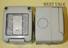 GEWISS GW 27 001 IP55 Enclosure con GW 20 503 16A doppio polo switch utilizzato