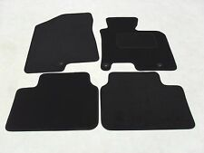 Kia Ceed 2012-2018 Fully Tailored Deluxe Car Mats in Black.