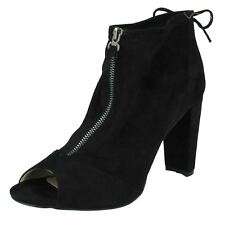 Ladies Spot on Style 724 PEEP Toe Ankle BOOTS Black UK 5 Standard