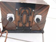 Crosley 4C1 table radio small wood scarce Art Deco got 1 station W/ low volume