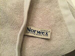 "Norwex Beige Bath Body Towel BacLock Microfiber 55"" x 27"""