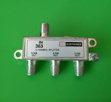 ( NEW) 3-Way Cable TV Antenna Splitter 5-1000 MHz