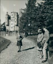 Man n Highland Dress Plays Bagpipes Braemar Castle Aberdeen Press Photo