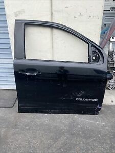 2016 2017 2018 2019 chevy colorado right front door used oem