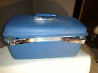 Samsonite Blue Train Case Saturn Series