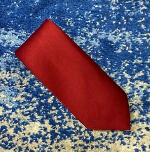 Brooks Brothers 346 Solid Deep Red Satin 100% Silk Necktie USA