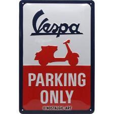 Vespa - Parking Only geprägt Blechschild 20x30 cm Reklame Metallschild 1150
