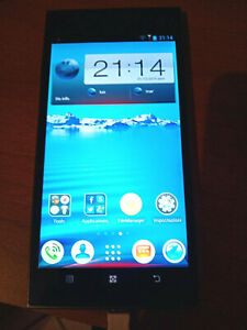 Smartphone Lenovo K900 16GB Arancione + Flip Cover originale