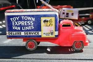 MARX TOY TOWN EXPRESS VAN LINES TIN LITHO PLASTIC CAB - Pressed Steel  Truck