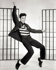 Elvis Presley UNSIGNED photo - E6 - Jailhouse Rock