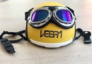 Vespa Yellow Helmet