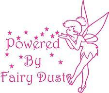 "Tinkerbell Style Fairy decal autocollant ""Powered By Fairy Dust"" (intérieur/extérieur)"