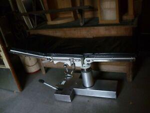 Maquet OP Liege - 80er Jahre - schwarzes Leder - Hydraulik Multifunktionsliege