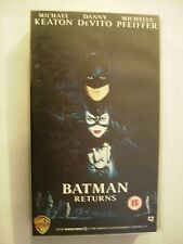 BATMAN RETURNS - VHS PAL - ENGLISH VERSION - TIM BURTON - MICHELLE PFEIFFER