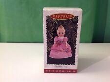 Cinderella, Madame Alexander Hallmark Collector's ornament, 1995, NIB