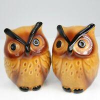 Pair Ceramic Owl Salt Pepper Shakers Japan H 982 Vintage Figural Woodland Birds
