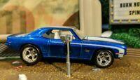 HOT WHEELS '69 CAMARO W/ REAL RIDERS VERY NICE HW GARAGE INITIAL CHASE BLUE