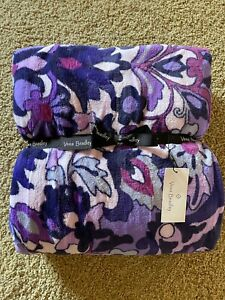 NWT~Vera Bradley Plush Throw Blanket~Regal Rosette~Purple~Smoke Free/Pet Free