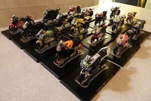 Lot 17 motos collection Valentino Rossi 1:18 Ixo/Altaya/Hachette N°46