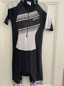 2XU Womens Compression Sleeved Trisuit Large