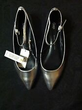 GAP WOMENS NEW SILVER METALLIC SHEEP LEATHER FLAT SHOES SIZE: 7