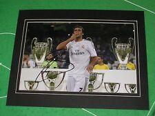 Raúl González Blanco 'Raul' Signed & Mounted Real Madrid 2013 Phototograph