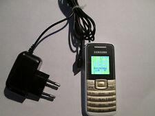 Samsung GT E 1050 weiß + goldfarbigeTastatatur Simfrei super o.k. geb. Art. 61 P