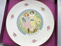 ROYAL DOULTON  COLLECTOR PLATE Valentine's Day 1976  Discount Available