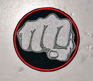 Fist Red IRONON PATCH Aufnäher Parche brodé patche toppa Fight Combat MMA Karate