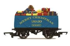 Hornby R6988 7 Plank Wagon Christmas 2020 BRAND