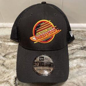 Vancouver Canucks Retro Throwback Logo New Era 39Thirty Hat NHL Hickey Cap S/M
