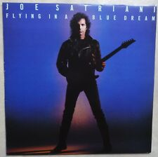 VINYLE 33 TOURS JOE SATRIANI FLYING IN A BLUE DREAM 104671 FRANCE 1989 LP INSERT