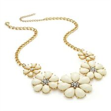 Cream Flower Necklace With Crystal Diamante Center