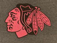 Chicago Blackhawks NHL Team Hockey Shirt Gray Pink Logo Medium