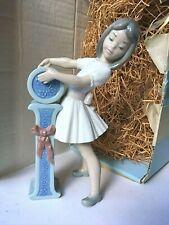"Lladro-Isabella-Schoolgir l Girl-Letter ""I"" 5147-Almost Perfect-Orig Box-7 3/4�"